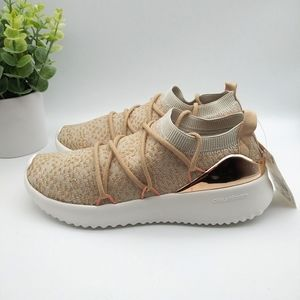 ADIDAS Ultimamotion Womens Sneakers